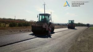 В Запорожской области за полмиллиарда гривен строят новую дорогу между Пологами и Гуляйполем, – ФОТО