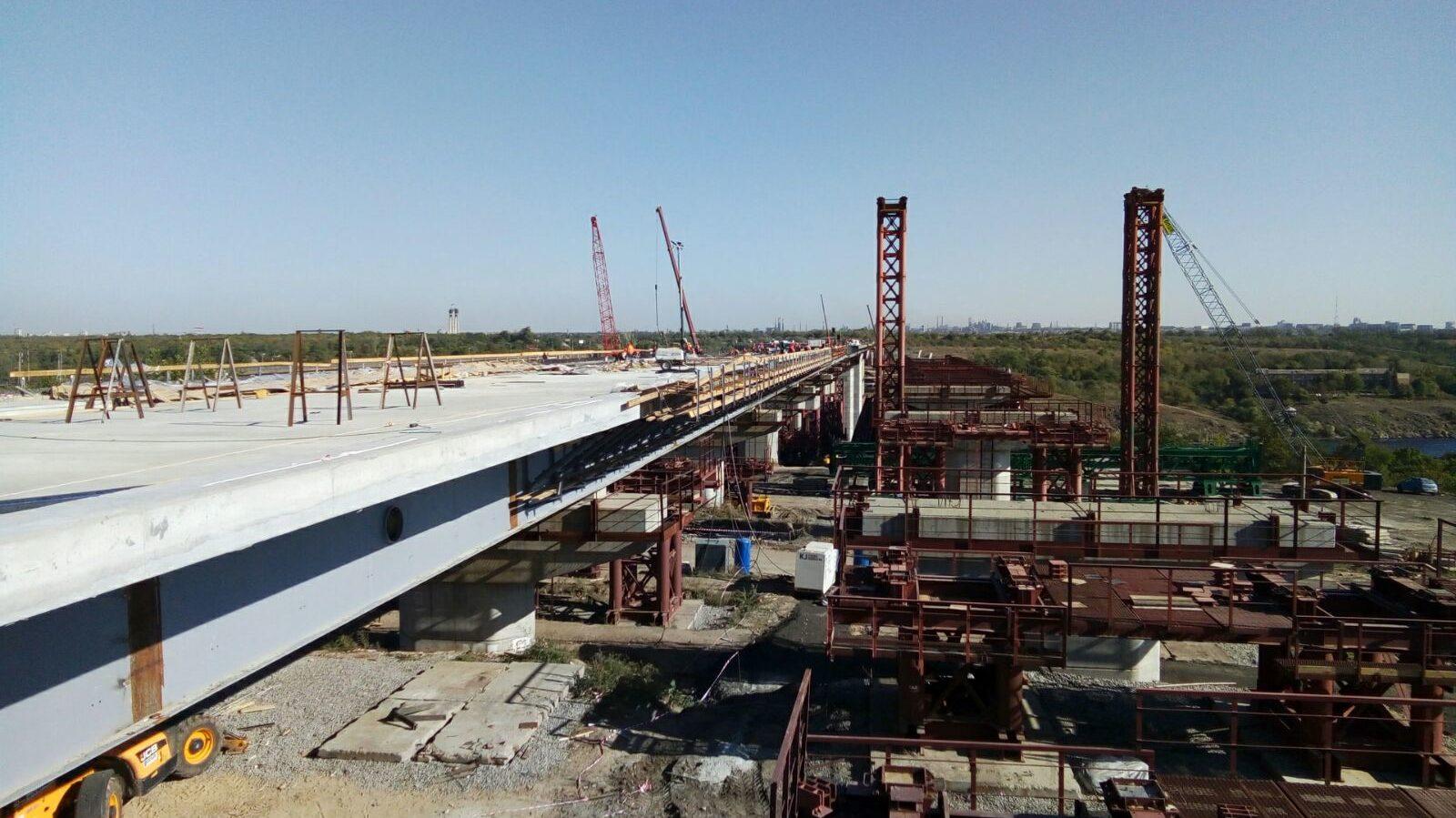 В Запорожье полным ходом продолжается строительство мостов: что уже сделано, – ФОТОРЕПОРТАЖ