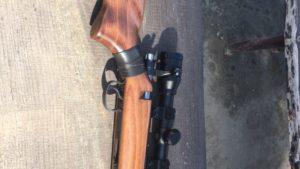 В Запорожье на улице задержали мужчину со снайперской винтовкой, – ФОТО