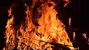 В Запорожье в пожаре погиб пожилой мужчина