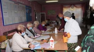 Стало известно, сколько запорожцев уже пришли на выборы