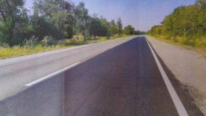 У Запорізькій області підрядника змусили відновити ділянку траси, яка зруйнувалася менш ніж через рік після ремонту, – ФОТО