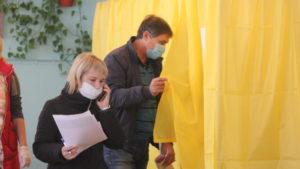 Стало известно, сколько жителей Запорожской области пришли на выборы по состоянию на 15:00