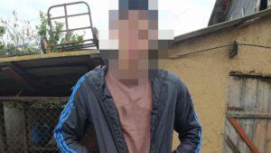 Житель Запорожской области украл урну для голосования, чтобы разводить улиток
