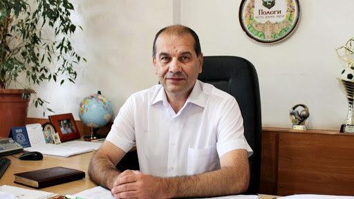 Мэр запорожского города заболел коронавирусом и попал в больницу с поражением легких