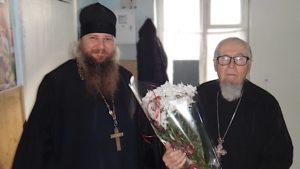 В Запорожской области 92-летний священник успешно переболел коронавирусом, – ФОТО