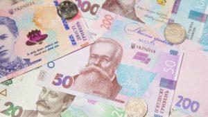 В Запорожской области сельсовет заказал две лавочки за 50 тысяч гривен