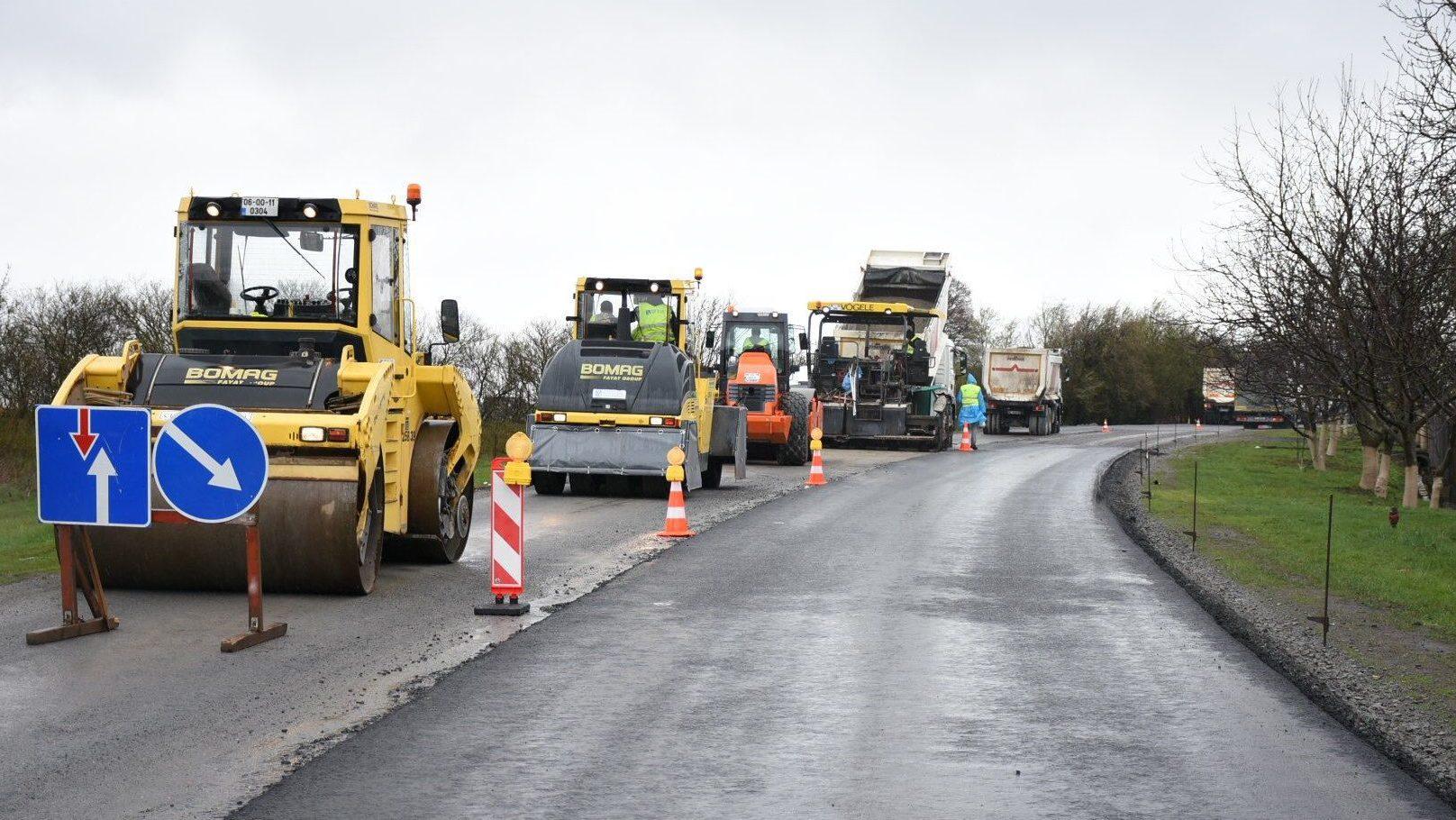 В Запорожском районе за 50 миллионов капитально восстановили 2 километра разбитой дороги, – ВИДЕО