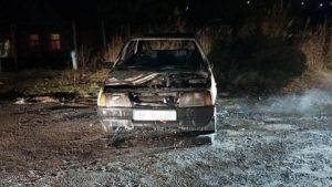 За добу в Запорізькій області рятувальники ліквідували пожежу в трьох автівках