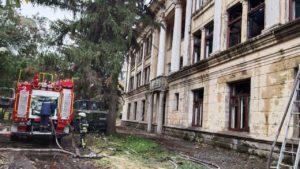 В Запорожье на Хортице горело здание ЦИМЕЖа: огонь распространился на 300 квадратных метров, – ФОТО