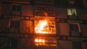 В Хортицькому районі Запоріжжя палала квартира: подробиці від ДСНС