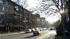 Три автомобиля с одинаковыми номерами парализовали транспортное движение в Запорожье, — ФОТО