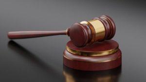 Суд вирішив не штрафувати маршрутника за порушення карантину, адже той віз вірян на богослужіння