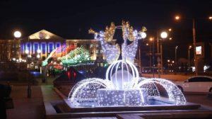 В Запорожье на бульваре Шевченко и площади Маяковского зажгли новогодние инсталляции, – ФОТОРЕПОРТАЖ