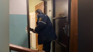 86-річна мешканка Запоріжжя впала з інвалідного візка та не змогла піднятися: на місці працювали