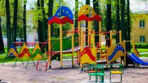 В Запорожье чиновника поймали на растрате более 500 тысяч из бюджета, выделенных на ремонт детских площадок