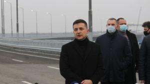 Президент Зеленский пообещал достроить мосты в Запорожье до конца следующего года, – ФОТО