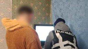 Житель Запорожья занимался производством и распространением порнографии: его задержали, – ФОТО