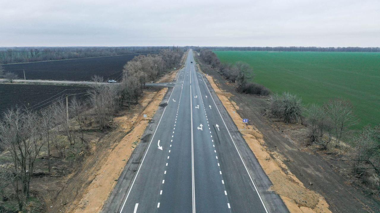 В Запорожской области за год построили 280 километров новых дорог