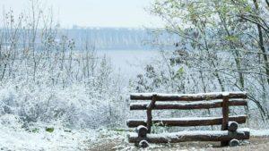 Шматочок зими: фотограф опублікував знімки казкової Хортиці