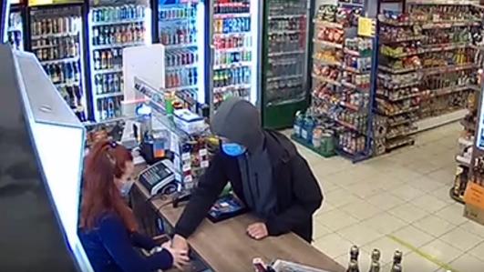 В Запорожье подростки ограбили магазин и устроили стрельбу на Набережной, – ВИДЕО