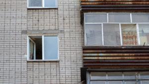 В Запорожье мужчина выпрыгнул из окна шестого этажа