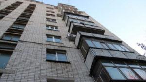 На Бабурці в Запоріжжі чоловік скоїв самогубство: відкрито кримінальне провадження