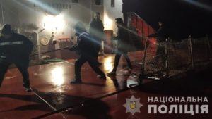 Около Нижней Хортицы пылало транспортное судно