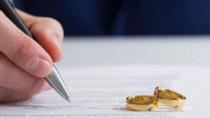 В Запорізькій області минулого року майже 500 людей змінило ім'я, а більше 6 тисяч пар - одружилися