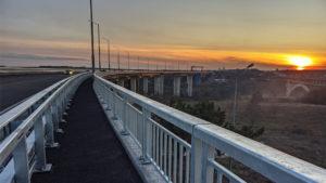 Новый запорожский мост попал в новогоднее поздравление президента Зеленского, – ВИДЕО