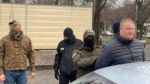 В Запорожье СБУ поймала полицейского на взятке в 10 тысяч долларов, – ФОТО