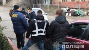 В Запорожье полицейские разоблачили мужчину, который занимался сводничеством, – ФОТО