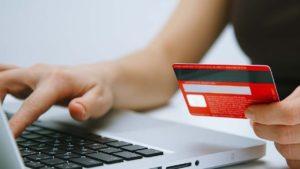 В Запорожье мошенник продавал в интернете несуществующие товары и успел обмануть 18 человек