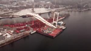 Гигантский кран «Захарий» уже готов начать строительство запорожских мостов, – ВИДЕО