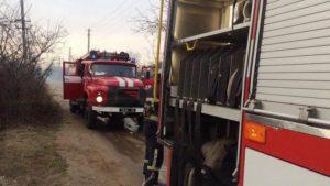 В Запорожской области 13 спасателей тушили пожар на территории садового товарищества, – ФОТО