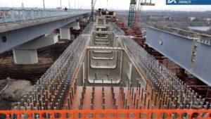 В Запорожье подрядчики продолжают строительство моста с Хортицы на Бабурку: смонтировали уже более 600 тонн конструкций, – ФОТО