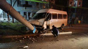 Стало відомо, скільки людей постраждали у ДТП з маршруткою в Бородинському мікрорайоні Запоріжжя