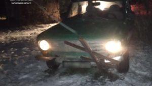 У Запоріжжя п'яний водій тікав від поліції та потрапив у ДТП на цвинтарі, – ФОТО