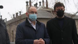 Міністр охорони здоров'я Степанов приїхав до Запоріжжя і побував на місці пожежі в інфекційній лікарні