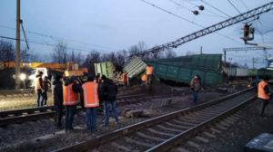Под Запорожьем произошла железнодорожная авария: поезда задерживаются, – ВИДЕО