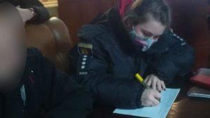 В Запорожье полицейские остановили вечеринку в честь 23 февраля из-за нарушения карантинных норм, – ФОТО