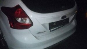 Поліція в Запоріжжі затримала двох автокрадіїв, — ФОТО