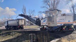 В Запорожской области продолжили многомиллионный ремонт участка трассы в Бердянском районе, – ФОТОРЕПОРТАЖ