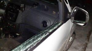 Суд вынес приговор запорожцу, разбившему стекло в полицейском авто