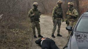 Нарколабораторія і зброя: під Запоріжжям викрили злочинну группу, - ФОТО, ВІДЕО