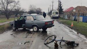 В Запорожской области водитель сбил велосипедиста: мужчина скончался на месте ДТП