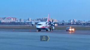 У самолета Минск - Запорожье во время полета отказал один из двигателей
