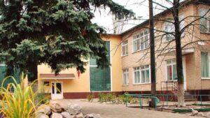 Стало известно, какие травмы получил мальчик, который упал со второго этажа детского сада в Запорожье
