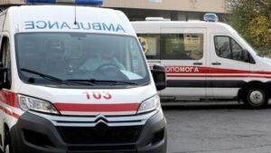 В Запорожье водитель сбил парня, вышедшего из авто