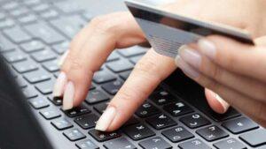 Запорожанка через фейковые интернет-магазины заработала на покупателях 100 тысяч гривен